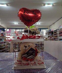 Urso de Pelúcia médio com card de chocolate (te amo) com 10 bombons Raffaello