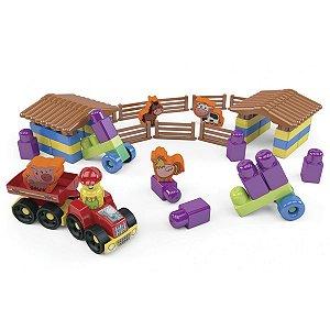 Brinquedo Para Montar Fazendinha 53 Pecas Dismat