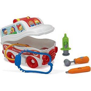 Brincando De Profissões Sos Resgate Ambulancia Elka