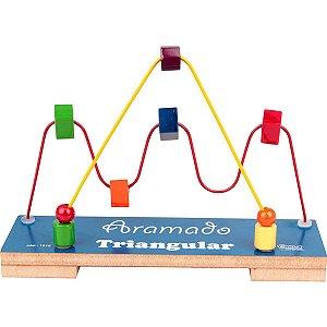 Brinquedo Pedagógico Triangular Aramado Carlu
