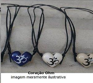 Aromatizador Pessoal Coleção Hinduísmo - símbolo sagrado Ohm - Modelo CORAÇÃO