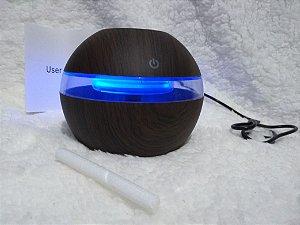 Umidificador e luminária decorativa Ultrassônico Bola Faixa Tipo Madeira - USB Bivolt