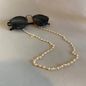 Cordão de óculos e cordão de máscara alfinetado de cristais lapidados.