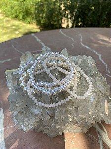 Conjunto de pulseiras cristais tchecos lapidados e pérolas.