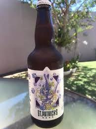 Cerveja ST PATRICKS HOPPY LAGER GARRAFA 500ML