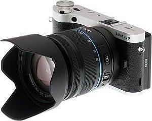"""Câmera Digital Semiprofissional Smart NX300M 20.3MP Visor 3.3"""" Touchscreen Articulado Preta *7304*"""