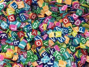 Fimo Tipo Paetê - Alfabeto Sortido - 10 gramas