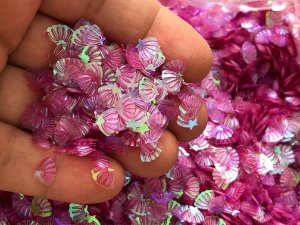 Micro Conchinhas para Laços - Roxa Translúcida - Pacote 10 gramas