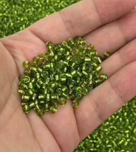 Miçanga de Vidro - Transparente Verde - 20 gramas