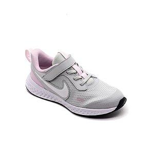 Tênis Esportivo Nike Revolution 5 Infantil Unissex Cinza e Rosa