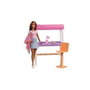 Boneca Barbie Com Moveis Cama e Escrivaninha
