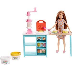 Boneca Barbie Stacie Estação de Doces