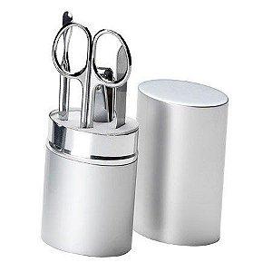 Kit manicure 5 peças em estojo oval de aluminio.