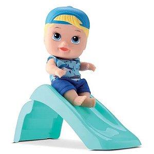 Boneco Little Dolls Com Acessório Escorregador Playground- Diver Toys