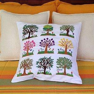 Capa de Almofada Bordada 9 Árvores do Cerrado