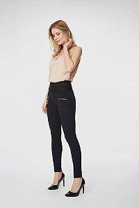 Calça Modeladora Montaria Preta