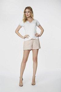 T-Shirts Blusa Branca Detalhes