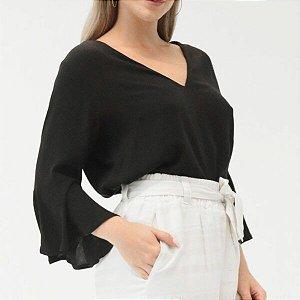 Blusa Decote V Preta em Crepe Lisa