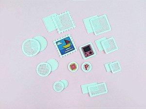 Aplique Ponto Cruz de Plástico Ecológico