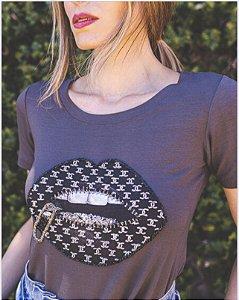 T-shirt Bordado Amitee