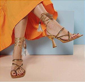 Sandália Dourada Salto Alto Luiza Barcelos