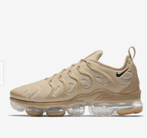 TÊNIS NIKE AIR VAPORMAX PLUS - BEGE