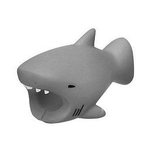 Enfeite e Protetor de Cabo iPhone Cable Bite - Tubarão Cinza