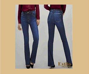 Calça Jeans Boot Cut com Cintura Alta e Recorte Lateral