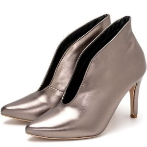 Sapato Scarpin Abotinado Salto Alto Fino Em Metalizado Onix Outlet