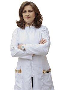 Jaleco Olho de tigre feminino, gola padre e bolso em tecido acetinado, com faixa de amarrar na cintura.