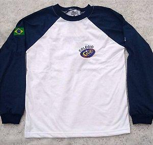 Camiseta manga longa branca e azul Colégio Ceus