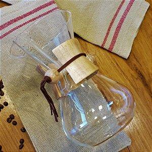 Recipiente para café em vidro com detalhe em madeira - 6 xícaras