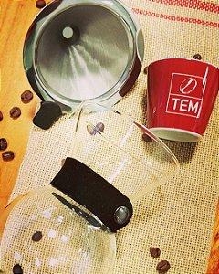 Kit coador de inox com jarra de vidro para café
