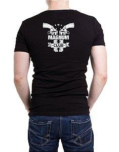 Camiseta Masculina Preta Bordada Magnum 44