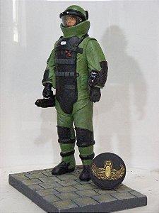 Boneco Anti-Bombas