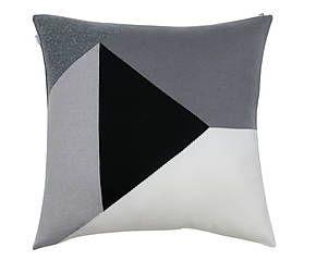 Almofada Triangulo Preto e Cinza