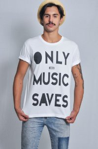 Camiseta Masculina ONLY MUSIC SAVES