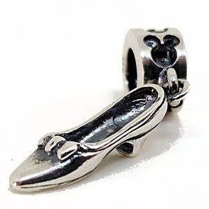 Berloque Sapatinho da Minnie em Prata 925 - Linha Dreams