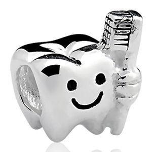 Berloque Dentinho em Prata 925 - Linha Dreams