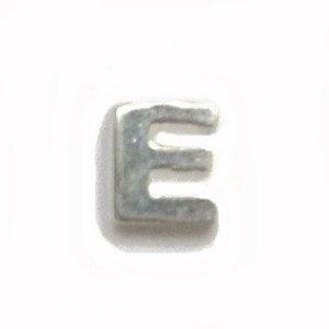 Mini Berloque Letra E em Prata 925
