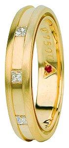 Aliança Eternn Tríade -  Abaulada com Cava em Ouro Amarelo 18k com Brilhantes