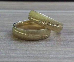 Aliança Meia Cana Anatômica Em Ouro Amarelo 18K-750