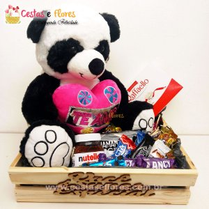 Cesta de Chocolates + Urso Panda Grande  + Nutella + Raffaello