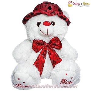 Urso de Pelúcia Branco com Chapéu e Laço Vermelho