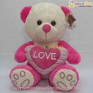 Urso de Pelúcia Rosa e Branco com Coração