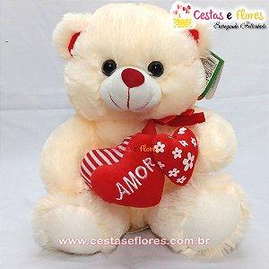 Urso de Pelúcia Creme com Corações Vermelhos