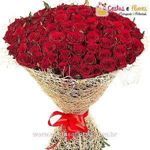 Buque MAGNÍFICO com 100 Rosas Colombianas Importadas Vermelhas