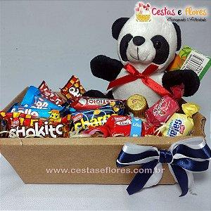 Cesta Mini Panda - Chocolates e Pelúcia
