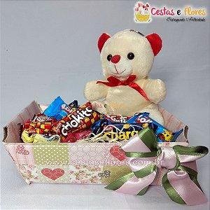 Cesta Mini Urso - Chocolates e Pelúcia