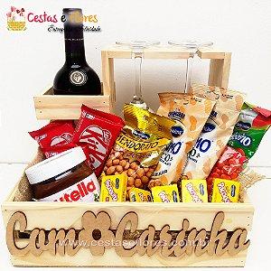 Cesta de Vinho Casillero e Petiscos